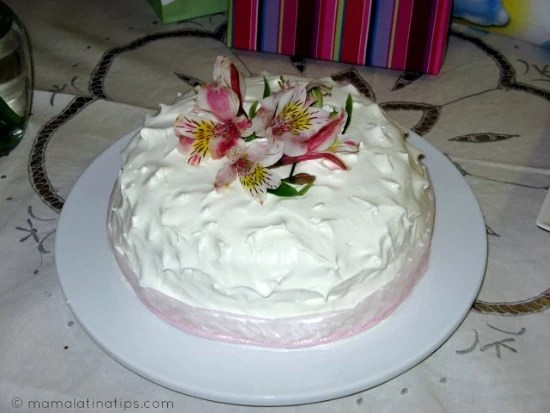 Receta de Pastel de Tres Leches / Three Milk Cake Recipe