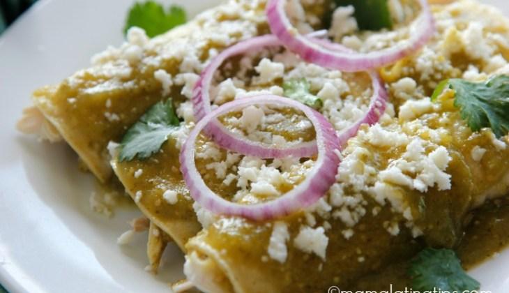 Enchiladas Verdes de Pollo – Chicken Enchiladas in Green Sauce