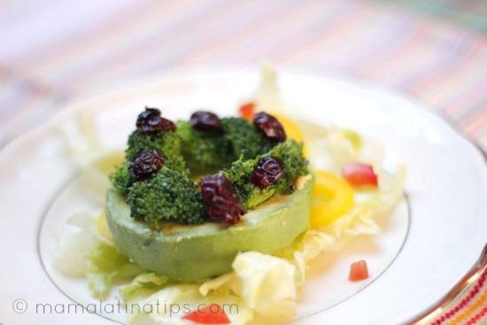 avocado_cranberries_mamalatinatips