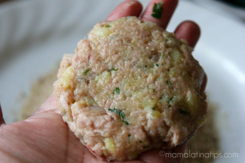 Making a tuna pattie