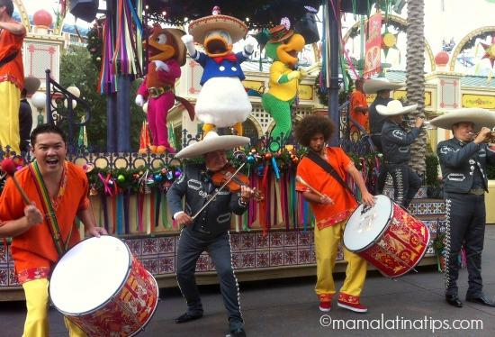 viva navidad samba y mariachi