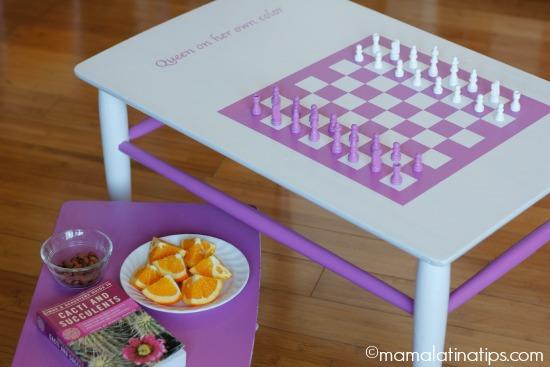 Chessboard in Radiant Orchid - MamaLatinaTips.com