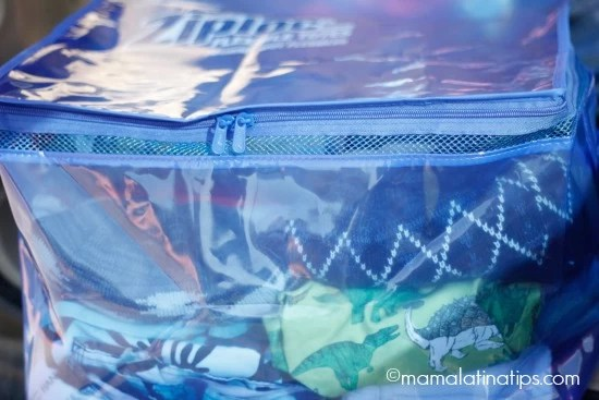 trunk-clothes-ziploc-bag-mamalatinatips