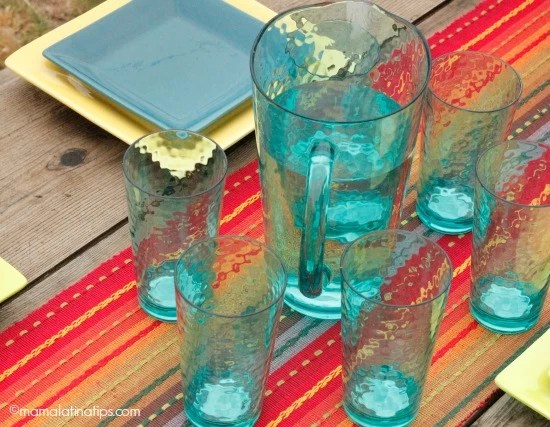 Turquoise pitches and glasses - mamalatinatips.com
