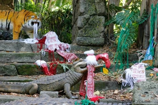 Tiger and crocodile at the Jingle Cruise in Disneyland