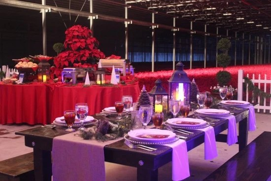 nochebuena-dinner-table-setting