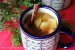 ponche mexicano con frutas en almibar para la navidad