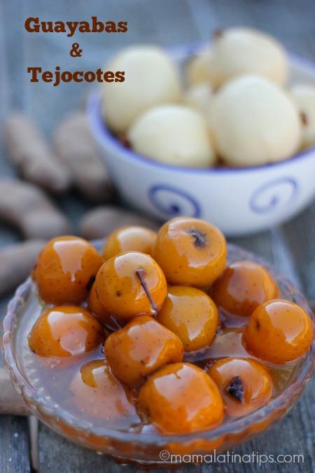 Guayabas y tejocotes en almibar