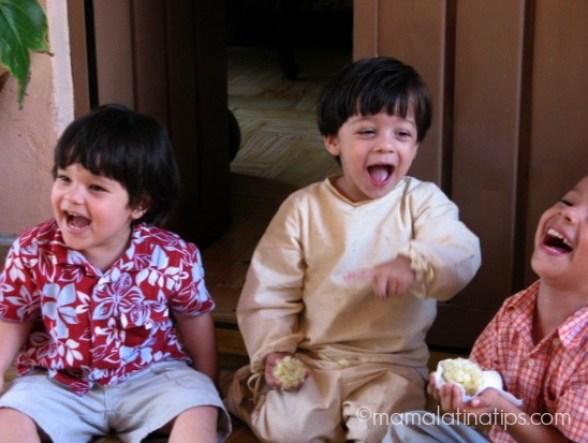 kids Laughing by Mamalatinatips.com