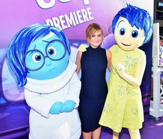 Sadness, Amy Phehler and Joy at Inside Out premier - mamalatinatips.com