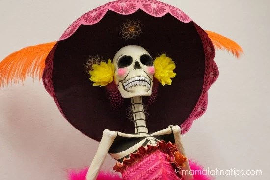 Day of the Dead 2015 Catrina statue by mamalatinatips.com