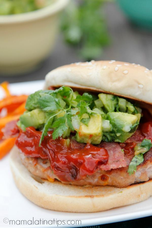 turkey bacon chipotle burger - mamalatinatips.com