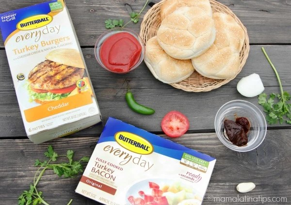 Butterball turkey burgers and turkey bacon - mamalatinatips.com
