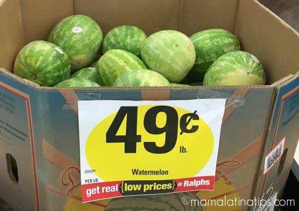 sandías en supermercado por mamalatinatips.com