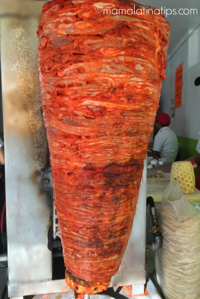 Trompo de carne al pastor. Mamalatinatips.com