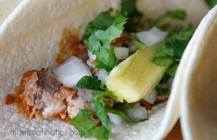 taco-al-pastor-closeup-mamalatinatips