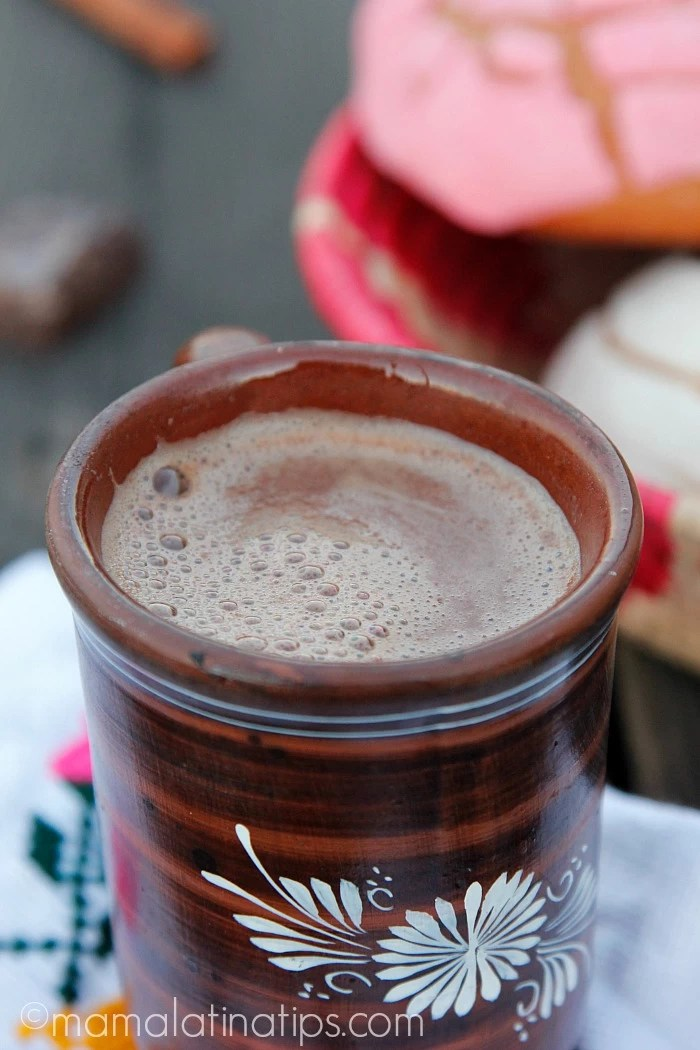 Chocolate Caliente Traditional Mexican Hot Chocolate - mamalatinatips.com