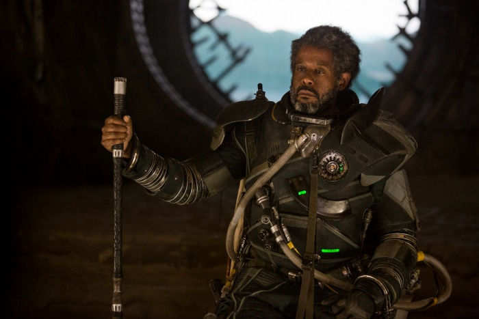 Forest Whitaker in Rogue One: A Star Wars Story - mamalatinatips.com