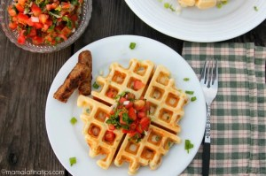 Waffles salados de camote - mamalatinatips.com