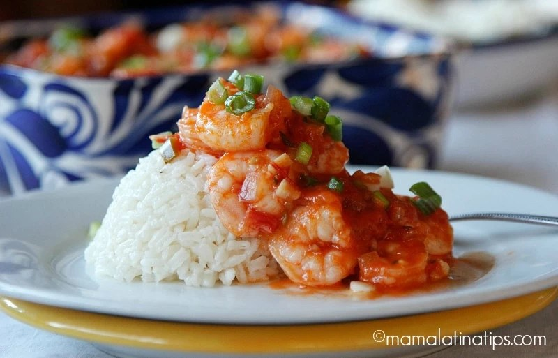 Shrimp in beer sauce with white rice by mamalatinatips.com