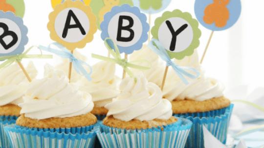 Wat zijn de voor- en nadelen van een babyborrel? In deze blog lees je wat voordelen zijn en nadelen zijn van het organiseren van een babyshower.