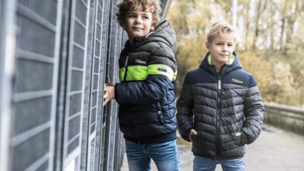 We bespreken hier een aantal handige tips & tricks voor kinderwinterjassen, zodat je straks goed voorbereid bent als de winter er weer aankomt.