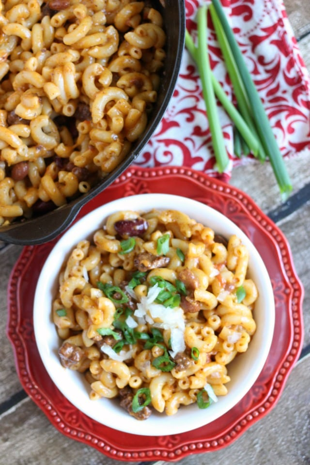 Easy Chili Macaroni and Cheese Recipe