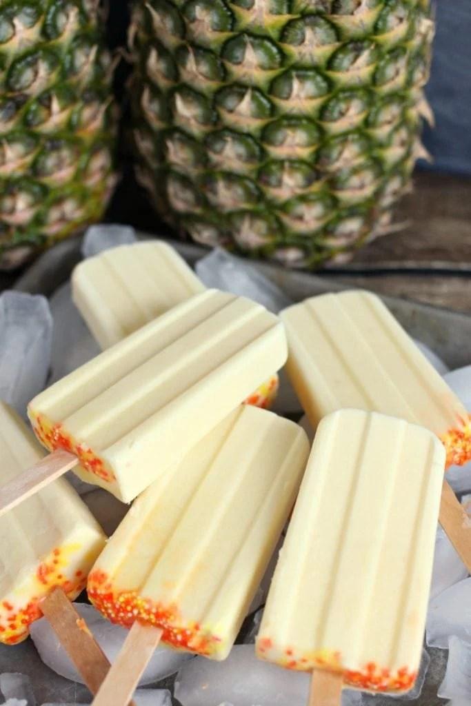How to make a dole whip pineapple popsicle like at Walt Disney World Magic Kingdom