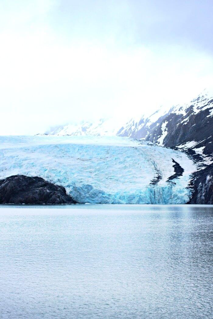 WHITTIER ALASKA GLACIER