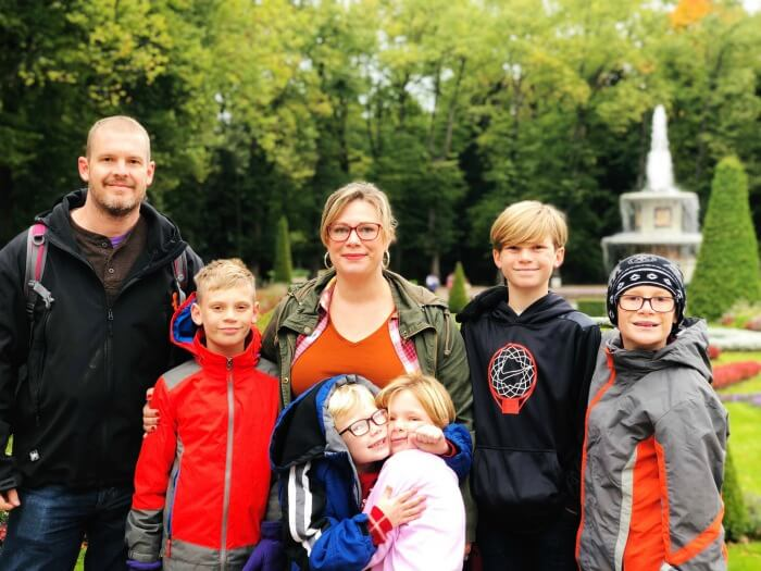 FAMILY PHOTO ON GROUNDS OF PETERHOFF ST PETERSBURG