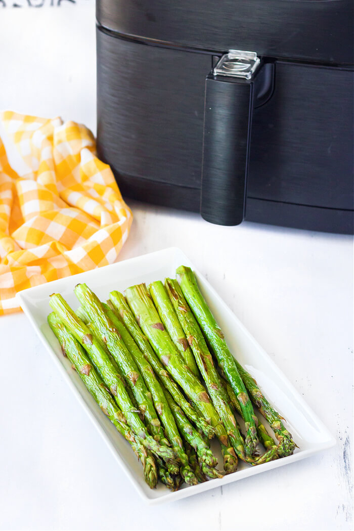 COOKING ASPARAGUS IN AIR FRYER