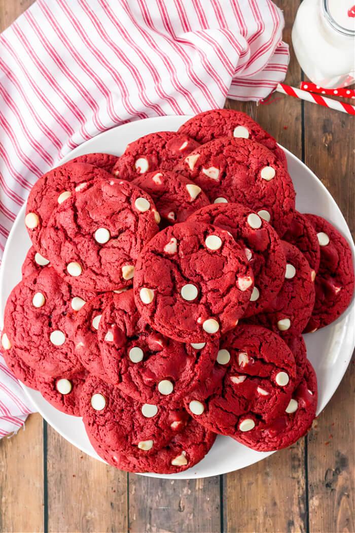 RED VELVET COOKIES CAKE MIX