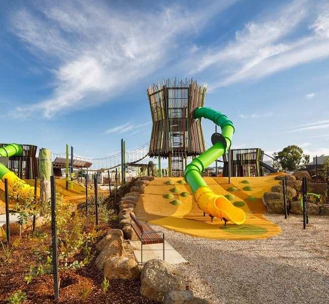 Finale Park, Waverley Park