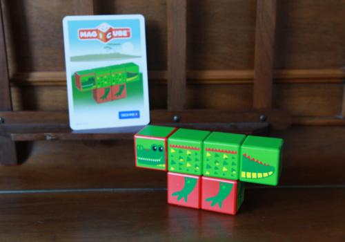 Apprendre et jouer avec les cubes Magicube