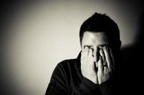 Un homme stressé