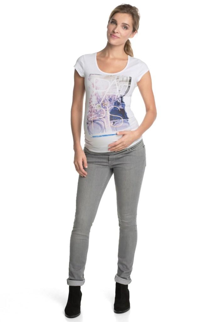 Look jeans pour future maman qui déchire !