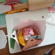 Un atelier décoration de cupcakes pour les enfants.