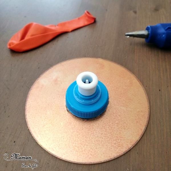 Activité et expérience enfants - fabriquer un CD Volant - bricolage et récup - rigolo - sciences - récap RV sur le fil - expériences de petits sorciers - magie - Halloween - mslf