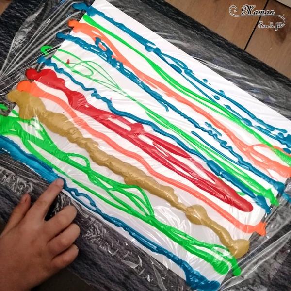 Activité créative enfants - Matriochka - Poupées russes en peinture propre au cellophane - technique de peinture sensorielle - Bandes et effet en relief - Russie - Froid polaire - bricolage - arts visuels maternelle Hiver - mslf