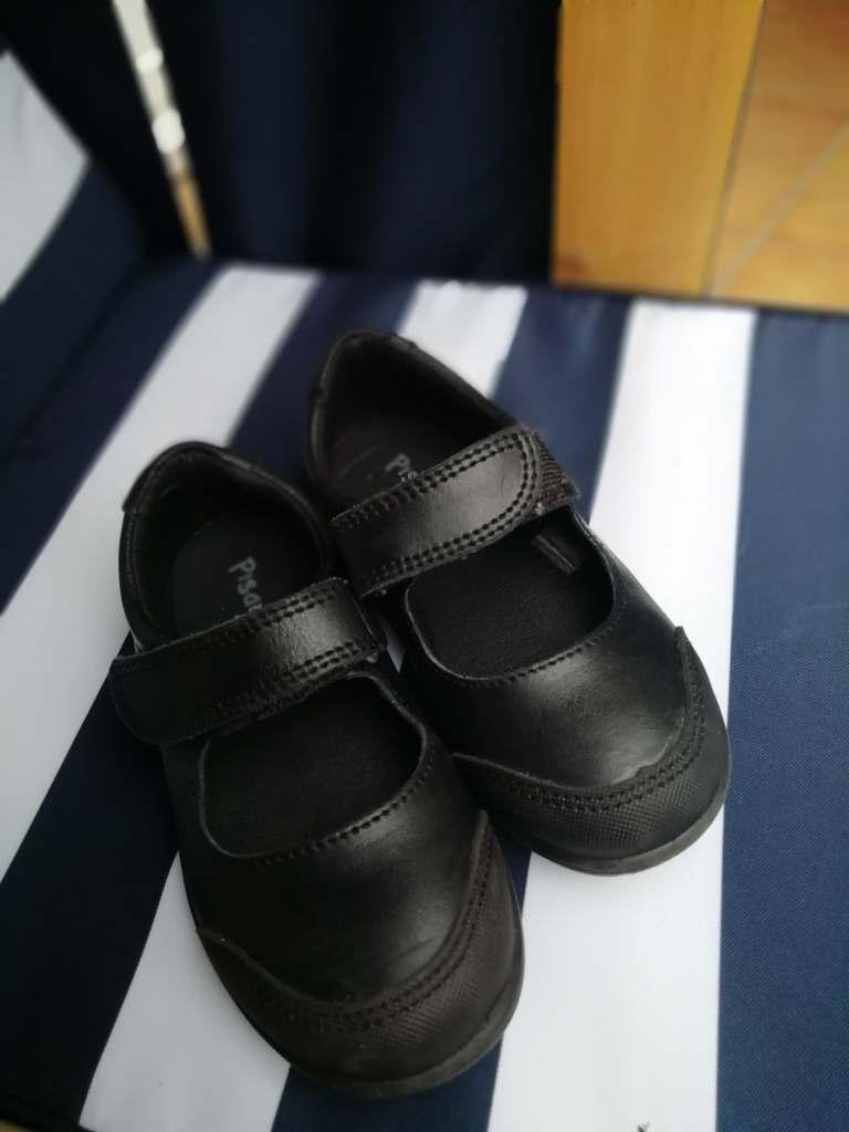 nos nouvelles chaussures