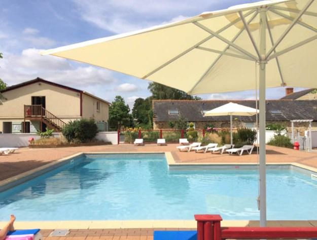 piscine Camping Chantepie
