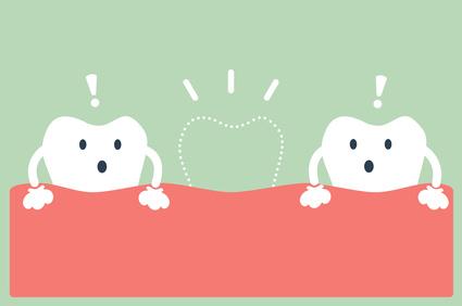 Zahnunfall: Was tun wenn das Kleinkind die Milch-Schneidezähne verliert