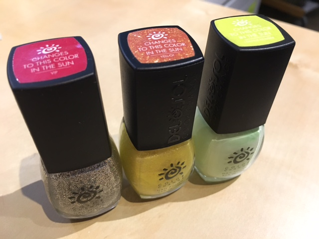 Gewinnspiel: Verlosung von drei die Farbe wechselnden Nagellacks