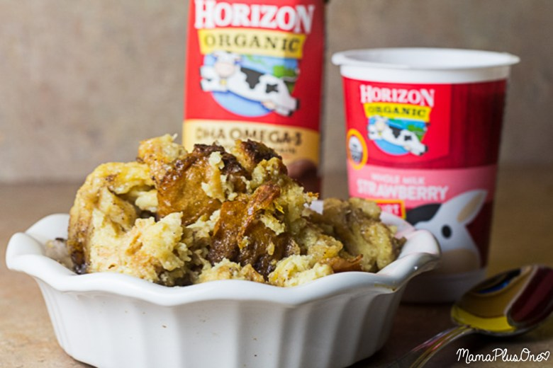 Back to School means getting back in the swing of things. Beat the morning rush with this easy French Toast Casserole! This overnight slow cooker french toast casserole is made in your crock pot so you don't have to worry about scrambling for breakfast the next morning. Plus, it's made with ingredients you can feel good about, like organic peaches or Horizon Organic products (which are also great for tossing in lunchboxes!) #HorizonHappiness [ad]