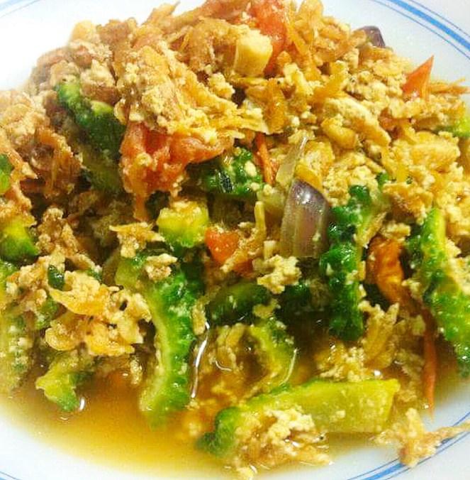 Ginisang Alamang sa Ampalaya with Egg (Ginisang Alamang sa Ampalaya na may itlog)