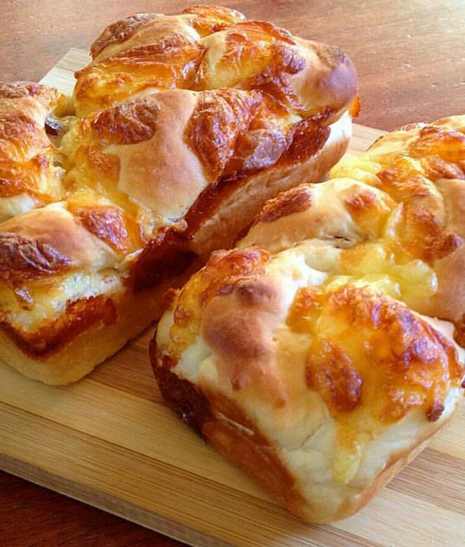 Bacon and Cheese Loaf Bread