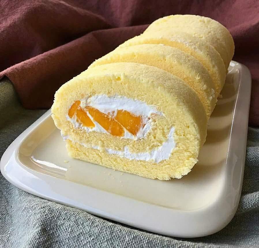 Mama's Mango Swiss Roll