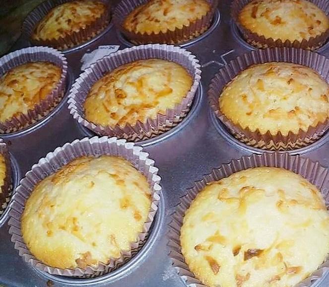 Filipino Style Cheese Cupcakes
