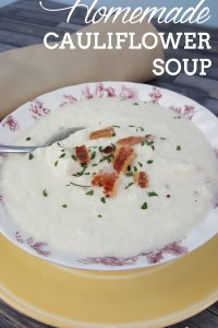 Cauliflower Soup with Cheese and Bacon
