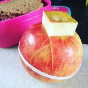 appel-mee-naar-school
